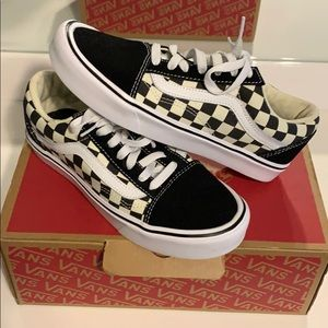 Old Skool Lite (Checkerboard) Black/Whte